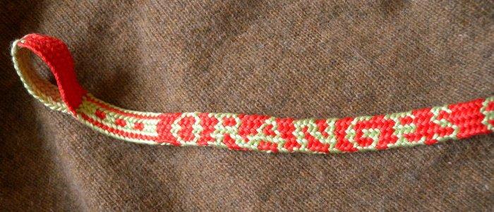 finger loop braiding, 17th C. letterbraid, solo braider