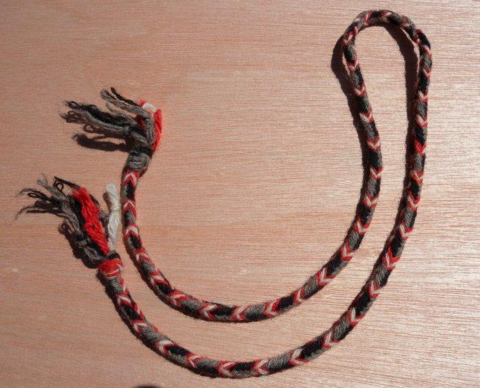 finger loop braid, wool, seven loops, color pattern planning info