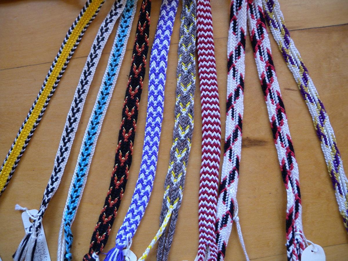 Flat Double Braids Loop Braiding