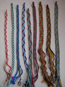 finger weaving, tabby weave, twining