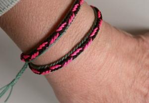 Unorthodox fingerloop braid of 7 loops, bracelet