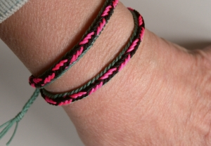 Unorthodox fingerloop braid of 7 loops, bracelet