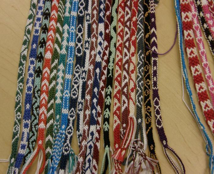 8-loop pick-up braids, loopbraider.com, photo by Laverne Waddington
