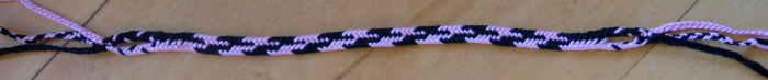 5-loop flat braid with Dark-Light Alternations pattern, loopbraider.com