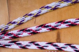 Zig-zag patterns in 8-loop flat double braids, fingerloop braiding, by Ingrid Crickmore, loopbraider.com