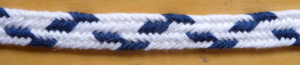 2-color narrow zig-zag (Thumbnail), fingerloop braid, loopbraider.com